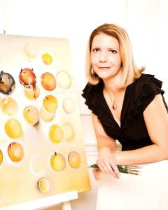 Internationally acclaimed artist Cynthia Ligeros